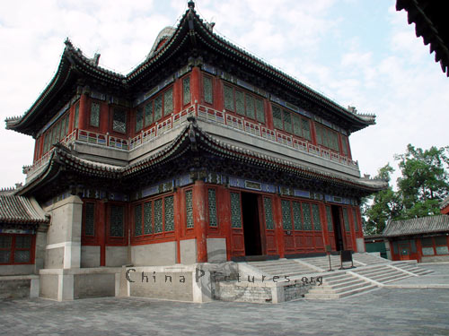 traditional chinese architecture summer palace beijing china