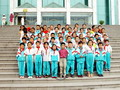 Students pose for photo at Qinghai Provincial Museum
