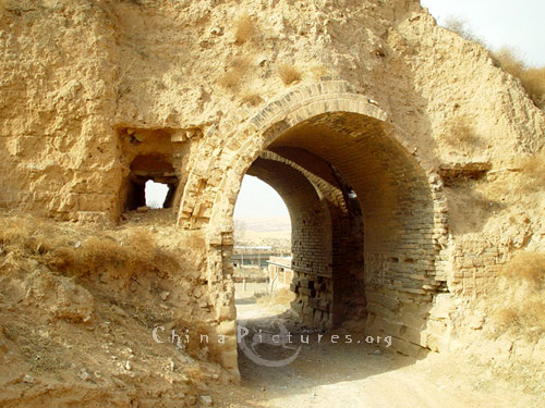 صور نادرة لسور الصين العظيم Great-wall-of-china-31222141304681
