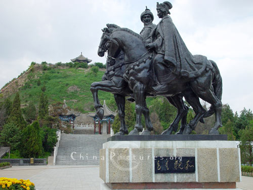 Riding-House statues of Wang Zhaojun and the then Mongolian king before the tomb which is one of the eight sceneries in Hohhot.