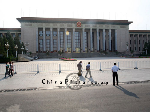 Great Hall of the People, which was built in 1958, is one of the greatest buildings in Beijing.