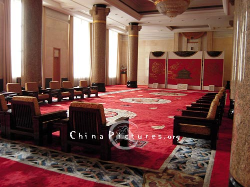 Many important meetings are held in the Great Hall of the People every year.
