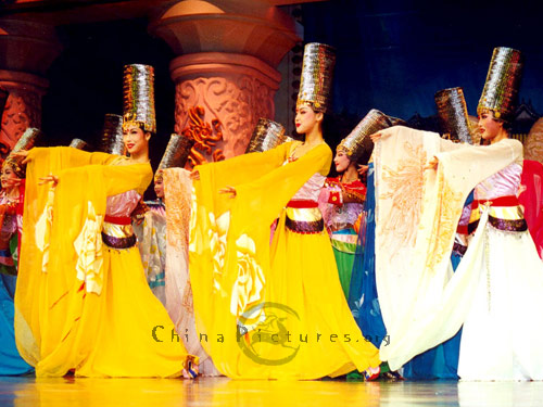Ta Ge Dance,a performance of Chang'an music and dance originated in China's Tang Dynasty(618-907) over a thousand years ago